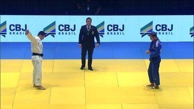 Leandro Guilheiro vence Benjamin Muennich no Desafio Internacional de Judô - Com a vitória, Brasil vence a competição.