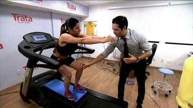 Fortalecimento muscular previne dores nos joelhos - O fisioterapeuta Thiago Fukuda explica que muitas mulheres precisam trabalhar os músculos dos quadris, para tirar a sobrecarga dos joelhos.