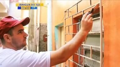 Mutirão voluntário vai colorir casas no Morro do Mocotó, em Florianópolis - Mutirão voluntário vai colorir casas no Morro do Mocotó, em Florianópolis