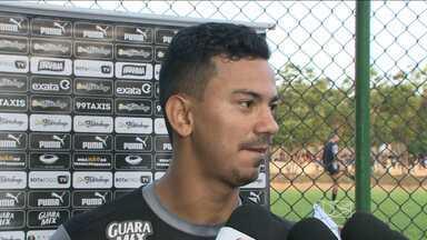 Com maranhense no time, Botafogo treina em São Luís - Com maranhense no time, Botafogo treina em São Luís para enfrentar o Sampaio, pela Série B do Maranhense