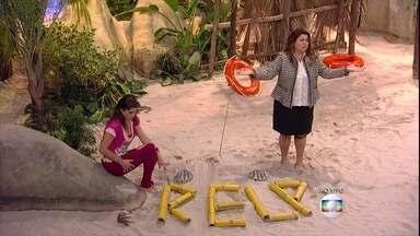 Náufragos pensam em maneira de se salvar - Nataly (Priscila Fantin), Lúcia (Fabiana Karla) e o carnavalesco Evandro (Eri Johnson) tentam se salvar da ilha deserta