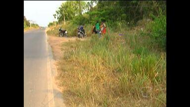 Motorista que atropelou e matou motociclista ainda não foi identificado - Acidente entre carro e moto aconteceu na tarde de domingo (4) , na Rodovia Curuá-una, em Santarém.