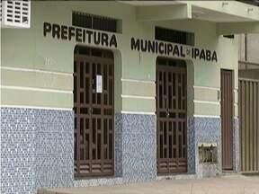 População de Ipaba vive momentos de incerteza com afastamento de prefeito - Chefe do executivo foi afastado na semana passada suspeito de irregularidades no repasse de verbas para o Legislativo Municipal.