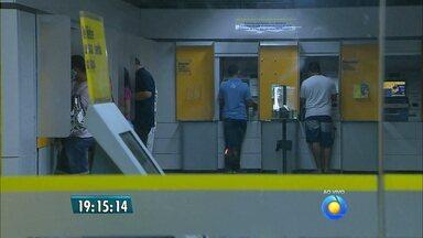 JPB2JP: Bancários entram em greve nesta terça-feira - Paralisação por tempo indeterminado.