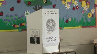 Novos conselheiros tutelares são escolhidos - Em Guarapuava, foram nomeados novos dez anos. Os eleitores também participaram da votação em União da Vitória.