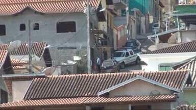 Trabalhador cai de andaime a 4 metros de altura em Ipuiúna (MG) - Trabalhador cai de andaime a 4 metros de altura em Ipuiúna (MG)