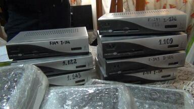 Presa organização criminosa que mantinha TV a cabo pirata - Quadrilha tinha cerca de 10 mil clientes em 16 estados brasileiros.