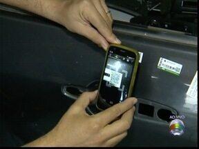 Origem de peças veiculares de desmanche pode ser conhecida com aplicativo - Para averiguar, basta utilizar um celular ou tablete com leitor de QR Code.