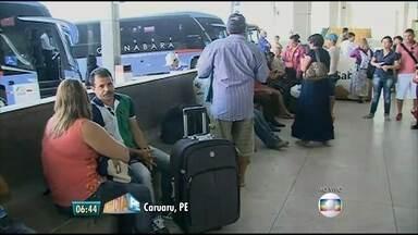 Rodoviária de Caruaru reforça ônibus para feriado de 12 de outubro - 10 mil pessoas devem passar pelo terminal até a próxima segunda-feira (12)