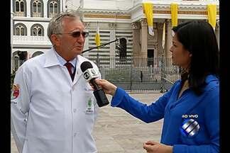 Cruz Vermelha prepara-se para atender milhares de romeiros durante procissões do Círio - Para serviços médicos no domingo do Círio serão montados 21 postos de atendimentos. Na trasladação, que antecede o evento, serão 15 postos. A expectativa é de que serão mobilizados cerca de 6.500 voluntários.