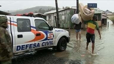Vinte municípios são afetados pelos temporais dos últimos dias em Santa Catarina - Vinte municípios são afetados pelos temporais dos últimos dias em Santa Catarina