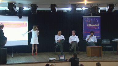 Prefeitos da região se reúnem durante evento em Ribeirão Preto, SP - Eles preparam um documento com pedidos aos governos federal e estadual.