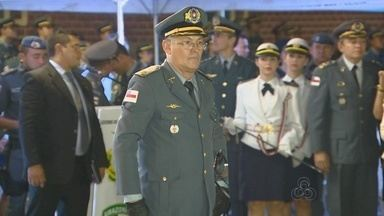Novo comandante geral da PM toma posse em Manaus - Solenidade ocorreu no batalhão no bairro Petrópolis