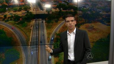 Semob vai interditar trecho da BR230 a partir deste sábado - A interdição é para que a Prefeitura de João Pessoa possa dar continuidade às obras de um viaduto. Ela começa às 18h e vai até o meio-dia da segunda-feira.