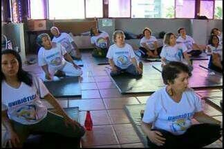 Quadro 'Além dos 60': princípios da Unibiótica contribuem para a saúde - Prática oriental melhora a qualidade de vida. Medida já ajudou mais de 500 pessoas em Divinópolis.