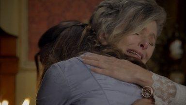 Além do Tempo - capítulo de terça-feira, 20/10/15, na íntegra - Vitória descobre que Lívia é sua neta