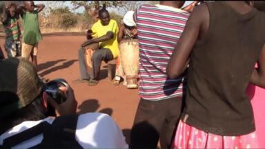 'VC no Mundo': com fotografia documental, casal mostra cultura alimentar da África - Casal viaja pelo mundo e registra como a nutrição representa a cultura dos povos e a importância disso para cada grupo social.