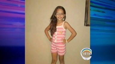 Menina de 8 anos morre depois de ser atropelada em Pinda - Criança estava de bicicleta quando foi atingida por um caminhão.