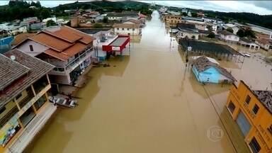 Cortes do Governo atingem recursos para desastres naturais - Redução de verbas foi de quase 50%, segundo levantamento da ONG Contas Abertas.