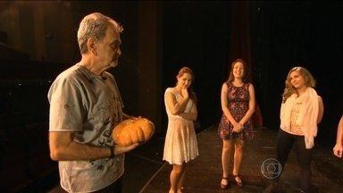 Jovens disputam o papel de Cinderella em novo musical - Uma brasileira vai ter a chance de encarnar a Cinderela em um novo espetáculo musical. Ao todo, 1,5 mil garotas se candidataram ao papel.