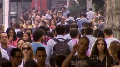 Religião está entre os aspectos que definem os jovens da geração Y - Os jovens que nasceram cercados por internet e conectados o tempo inteiro cresceram. Eles têm entre 18 e 34 anos e são o futuro do Brasil.