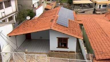 Número de microusinas de energia no Brasil quase triplica em 2015 - Em outubro de 2015, 1125 casas e estabelecimentos tinham micro ou miniusinas de energia eólica ou solar. Em dezembro de 2014, eram 422.