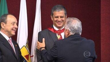Diretor-geral da TV Globo Minas, Marcelo Matte, é homegeado com medalha do Mérito Consular - A medalha é entregue a pessoas que, de alguma maneira, contribuíram para o Corpo Consular de Minas Gerais.
