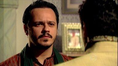 Amitav critica os negócios de Raj - Raj avisa que vai fazer uma surpresa para Maya