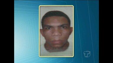 Homem assalta adolescentes e é capturado por populares em Santarém - Outro homem furtou celular em frutaria e foi capturado pela própria vítima. Polícia alerta para os riscos de reagir contra criminosos.