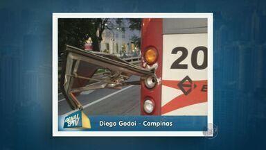 Ônibus do transporte coletivo colide com outro e assusta usuários em Campinas - O acidente aconteceu na manhã desta sexta-feira (6).