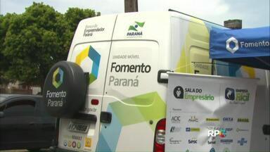 Van da Fomento Paraná está em Cascavel - Ideia é facilitar linhas de créditos para os moradores