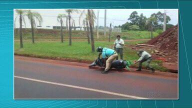 Comportamento agressivo de motorista é tema do comentário de Fernando Zanluchi - O psicólogo de Londrina explicou que a mudança depende da iniciativa de cada cidadão. No fim de semana um agente de trânsito foi agredido por um motorista.