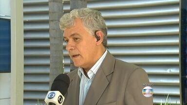 Copasa interrompe abastecimento por causa de rompimento de barreiras em Mariana - Lama tomou parte do Rio Doce. Interrupção emergencial foi para algumas cidades no Leste de Minas.
