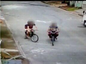 Número de roubos e furtos em duas ruas em Ipatinga deixa moradores preocupados - Câmeras de segurança já flagraram ações de bandidos no Bairro Caravelas.