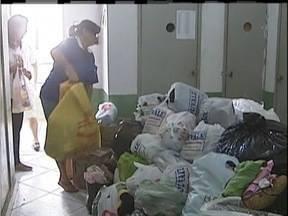 Moradores do Vale do Aço fazem doações para vítimas de Mariana - Rompimento da barragem destruiu 180 casas em Bento Rodrigues.
