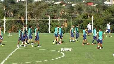 Goiás volta a treinar após dois dias inteiros de folga - Na zona de rebaixamento, Verdão tem uma semana de preparação para o jogo contra o Coritiba.