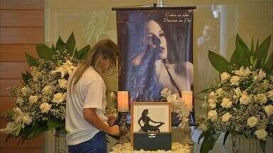 Em Fortaleza, familiares celebram missa com dançarina assassinada pelo ex-namorado - Familiares fazem ainda nesta quarta missa em homenagem à dançarina.