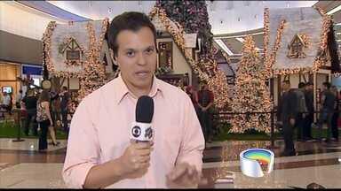 Papai Noel chega a shopping em São José dos Campos - Visita é a mais aguardada pelas crianças.
