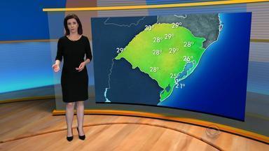 Tempo: sol predomina na maioria das regiões neste domingo (15) no RS - Na segunda-feira (16) a chuva retorna ao estado.