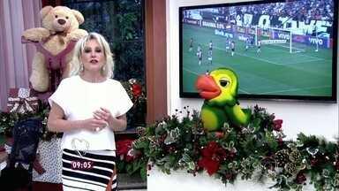 Ana Maria e Louro José comentam vitória do Corinthians - Dupla parabeniza jogadores pelo título do Campeonato Brasileiro