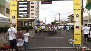 Avosos realiza corrida em Aracaju - Avosos realiza corrida em Aracaju.