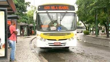 Mudou o trajeto de duas linhas de ônibus da zona norte para a zona sul - Passageiros cobram mais informações e estão preocupados com o custo da viagem.