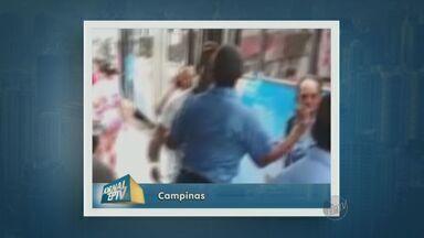 Imagens mostram briga entre motoristas no trânsito em Campinas - Um passageiro se envolveu na briga. Várias pessoas se juntaram para separar.