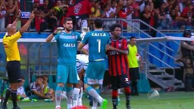 Reportagem mostra importância dos goleiros do Vitória na volta para série A - Fernando Miguel e Gatito Fernandes foram peças fundamentais na conquista rubro-negra. O técnico Vagner Mancini também falou da participação deles.