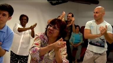 Centro de Longevidade ajuda pacientes acima de 50 anos a ter mais qualidade de vida - Sempre há tempo de se cuidar. O Centro de Longevidade do Hospital Nove de Julho, em São Paulo. São 400 pacientes acima de 50 anos, em busca de qualidade de vida.