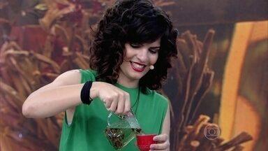 Conheça diferentes tipos de chás - Especialista em chás apresenta um blend que preparou em homenagem a Fátima Bernardes