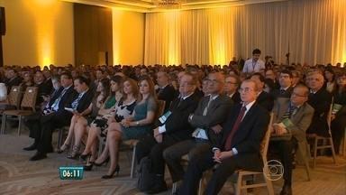 Tribunais de Contas fazem congresso no Litoral Sul de Pernambuco - Entre os assuntos discutidos, combate à corrupção e a importância da população fiscalizar os gastos públicos.