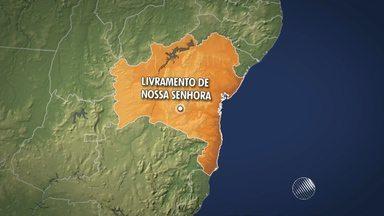 Agências bancárias são invadidas em Livramento de Nossa Senhora, no sudoeste - Três carros foram usados no assalto; confira os detalhes.