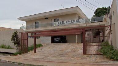 Pastor evangélico é suspeito de estuprar adolescente de 13 anos em Campo Grande - A polícia investiga um caso de estupro de uma adolescente de 13 anos em Campo Grande. O suspeito é um homem que seria pastor evangélico.