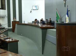 Deputados aprovam proposta de Lei de Diretrizes Orçamentárias para 2016 - Deputados aprovam proposta de Lei de Diretrizes Orçamentárias para 2016